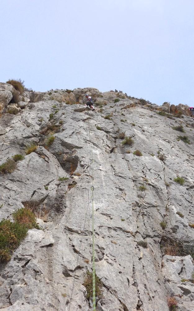 Rope going up a climb at Sierra de Toix