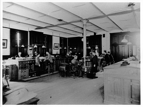 Black and white picture of an old-fashioned office